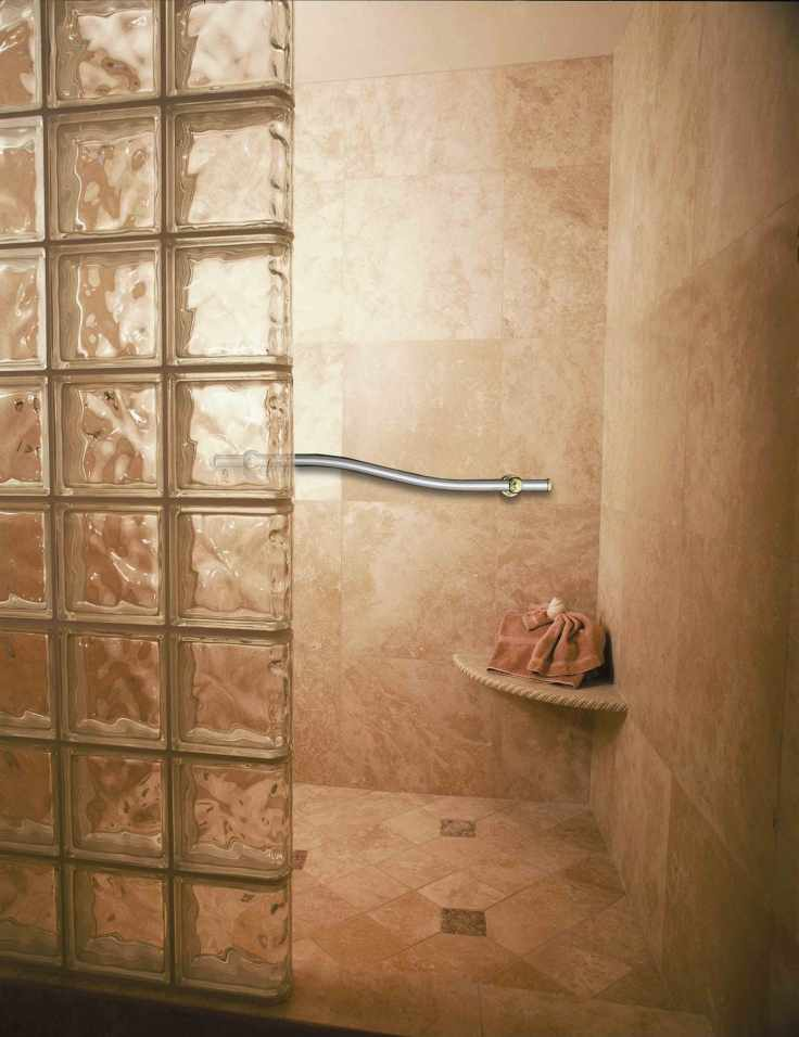 Glass_block_shower_with_ade1-1